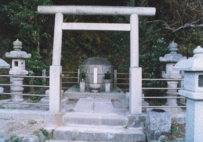 加納久宜公の墓(かのうひさよしこうのはか)