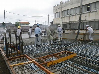 1階床コンクリート打設